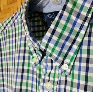 Tommy Hilfiger • Short-sleeve Button-down Shirt XL